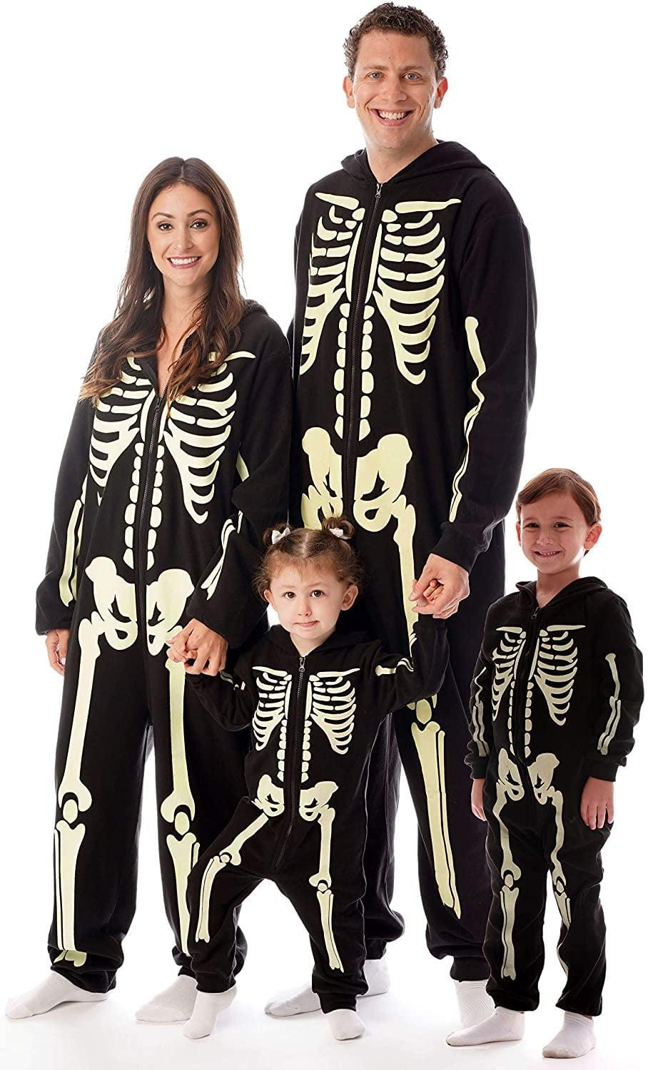 <p>How cool are these <span>Glow in The Dark Skeleton Jumpsuit Pajamas</span> ($50)?</p>