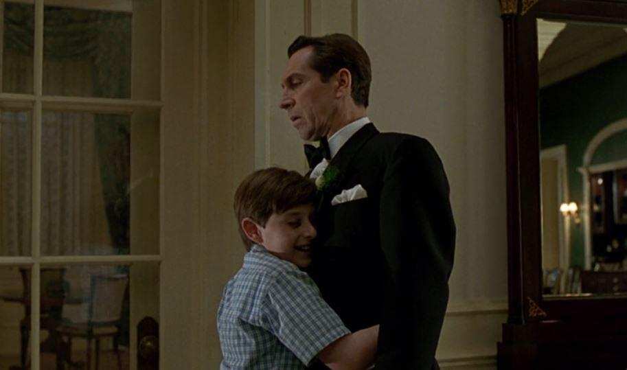 Alan's father was played by Jonathan Hyde (TriStar)