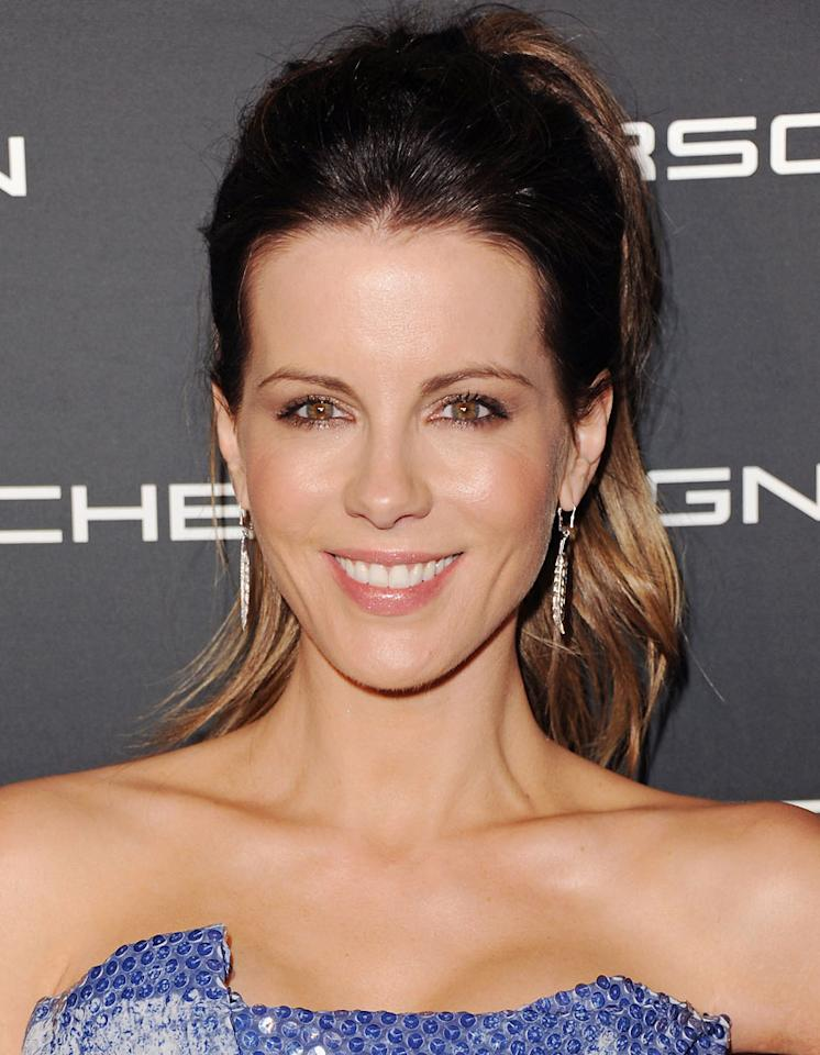 Kate Beckinsale (July 26, Cancer)