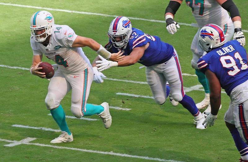 No excuses, no defense: Dolphins look like worst D in football in loss to Bills