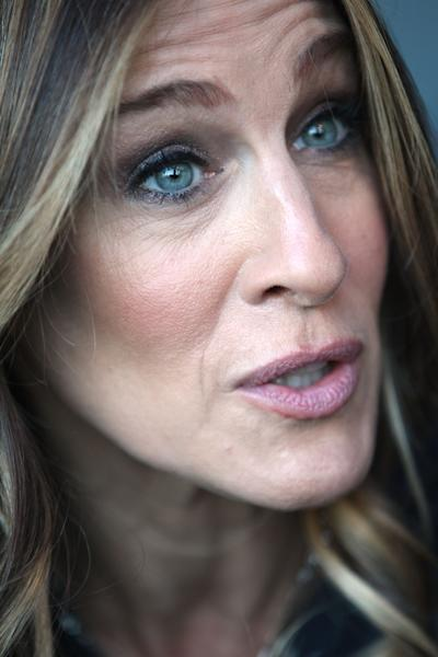 U.S. actress Sarah Jessica Parker is interviewed by the Associated Press, ahead of hosting the Nobel Peace Prize Concert in Oslo, Norway, Tuesday Dec. 11, 2012. The Nobel Peace Prize Committee awarded the prize to the European Union for its efforts to promote peace and democracy in Europe, despite being in the midst of its biggest crisis since the bloc was created in the 1950's. (AP Photo/Yves Logghe)