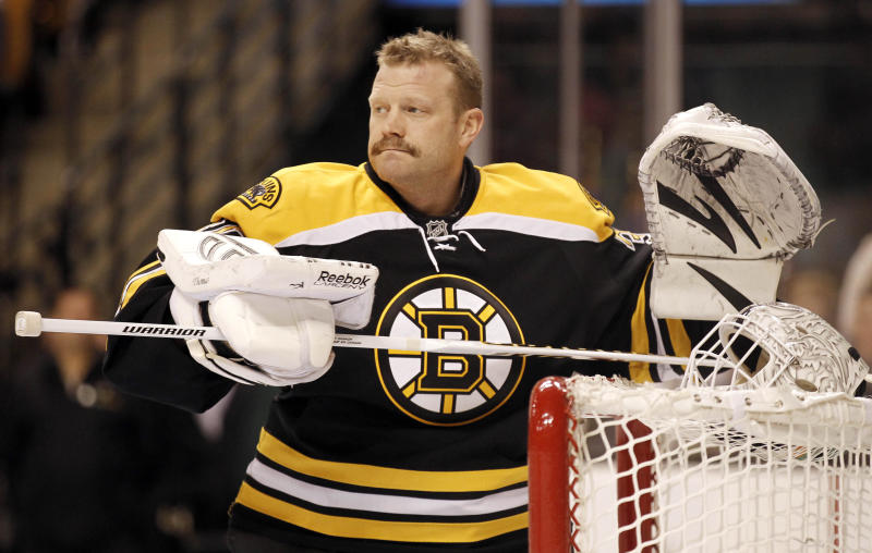Tim Thomas Breaks Silence, Fine With Seclusion