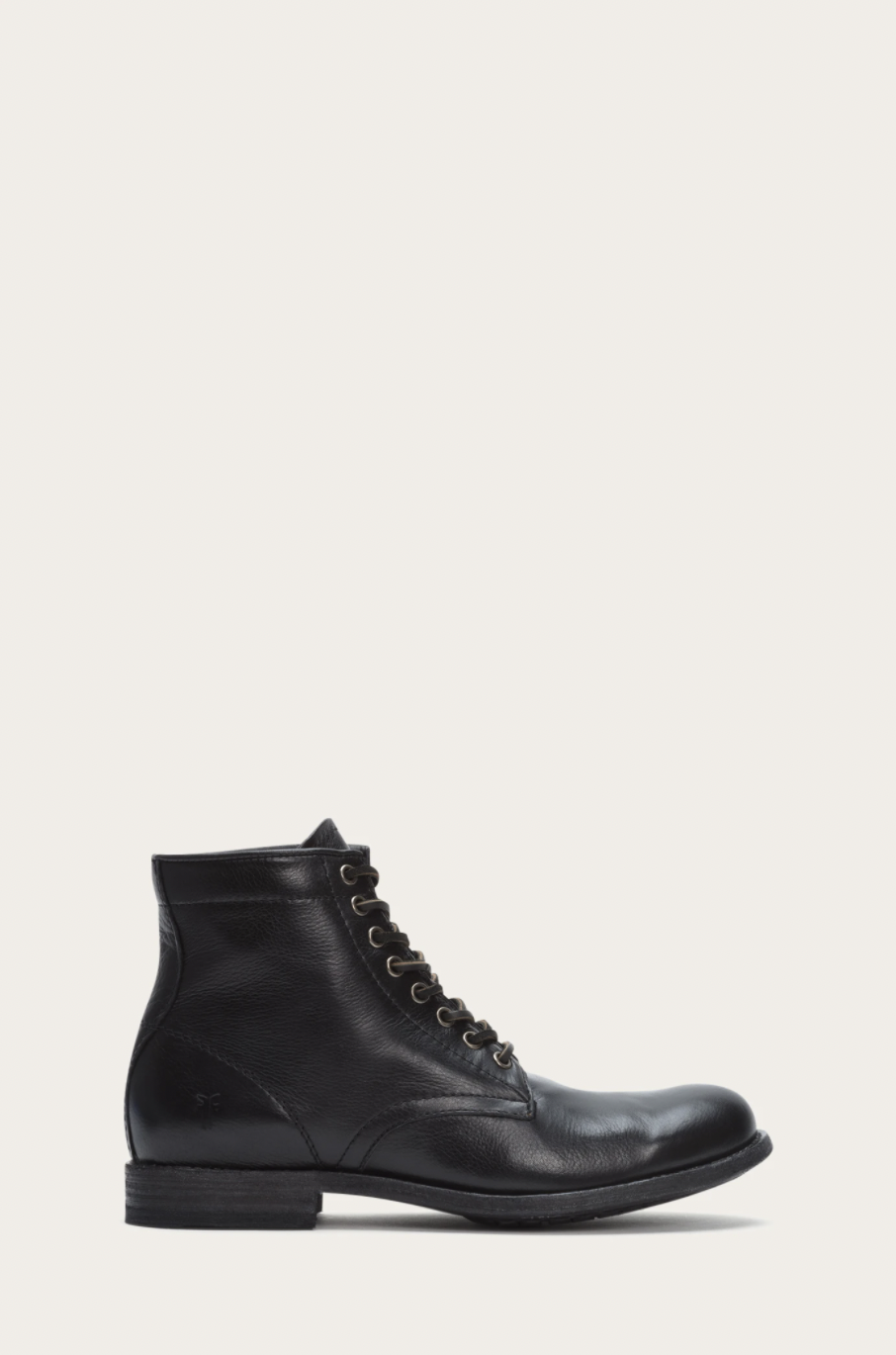 """<p><strong>Frye</strong></p><p>thefryecompany.com</p><p><strong>$328.00</strong></p><p><a href=""""https://go.redirectingat.com?id=74968X1596630&url=https%3A%2F%2Fwww.thefryecompany.com%2Fcollections%2Fmen-shoes-lace-up-boots%2Fproducts%2Ftyler-lace-up-3486070-86070-black&sref=https%3A%2F%2Fwww.esquire.com%2Fstyle%2Fmens-fashion%2Fg28186249%2Fbusiness-casual-shoes%2F"""" rel=""""nofollow noopener"""" target=""""_blank"""" data-ylk=""""slk:Shop Now"""" class=""""link rapid-noclick-resp"""">Shop Now</a></p><p>When in doubt, leather boots are a business-casual staple. Black lace-ups are great for wearing with black anything—jeans, chinos, suits, what have you. </p>"""