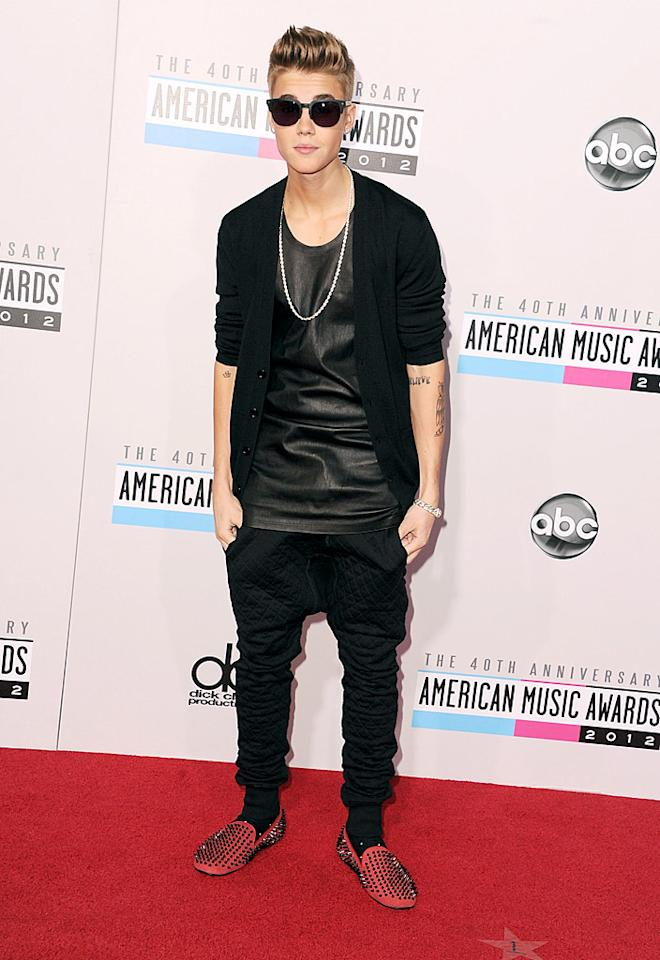 LOS ANGELES, CA - NOVEMBER 18:  Singer Justin Bieber attends the 40th Anniversary American Music Awards held at Nokia Theatre L.A. Live on November 18, 2012 in Los Angeles, California.  (Photo by Steve Granitz/WireImage)