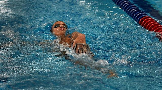 Paralympic swimmer Alexander Makarov swims during a training session in the town of Ruza, 100 km west of Moscow, on August 18, 2016 (AFP Photo/Vasily Makimov)