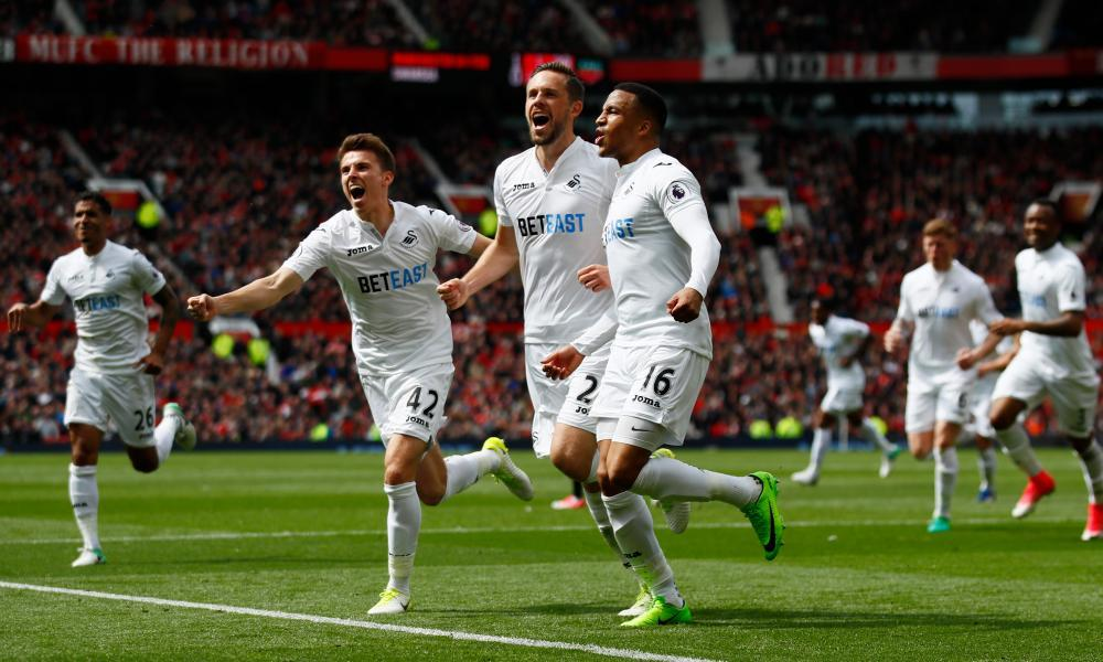 Swansea's players celebrated Gylfi Sigurdsson's brilliant equaliser but their manager Paul Clement disputed Manchester United's first goal.
