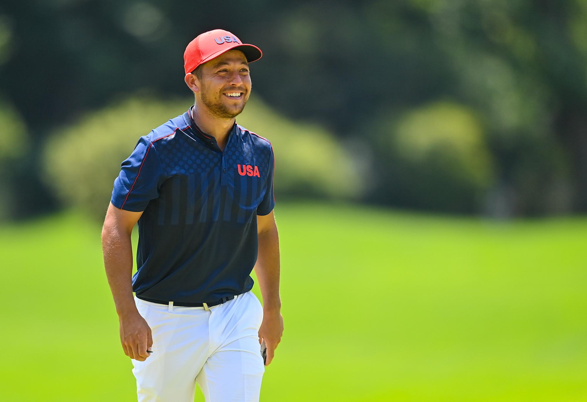 Xander Schauffele fends off Rory Sabbatini's Olympic-record round to win golf gold medal - Yahoo Sports