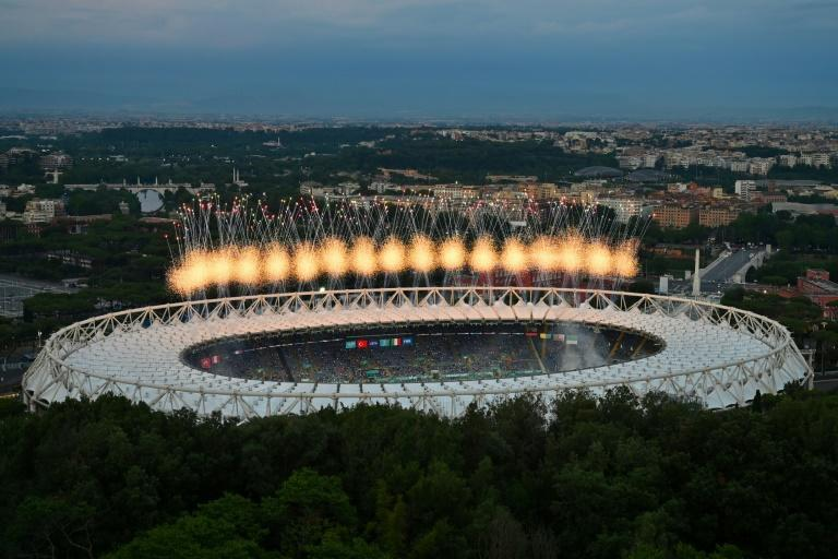 Perfect show: Fireworks in the Stadio Olimpico