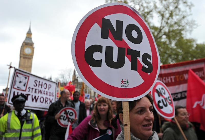 Striking public sector workers march in protest through central London on May 10, 2012 (AFP Photo/Carl Court)