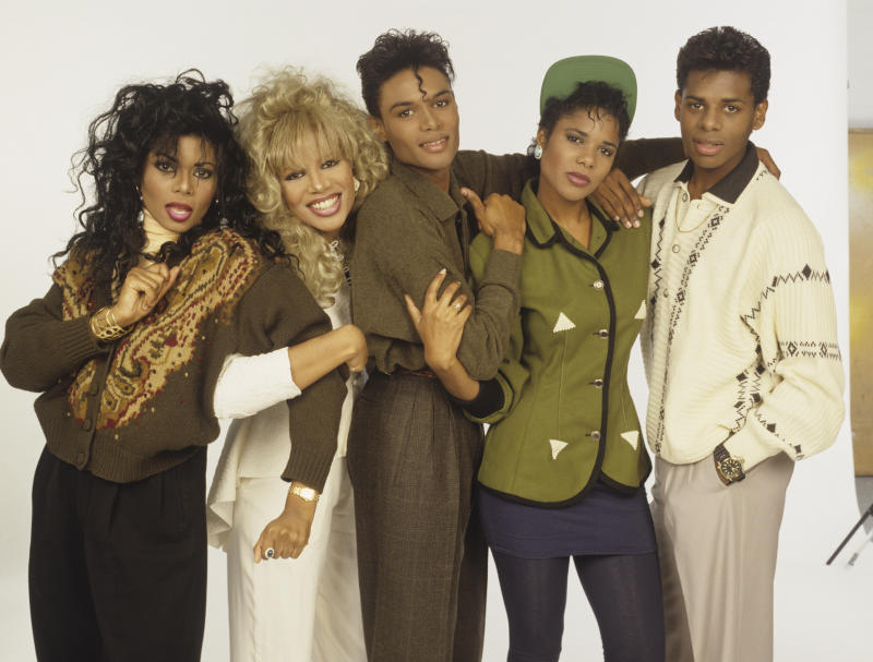 Five Star (also known as '5 Star'; Lorraine Pearson, Denise Pearson, Stedman Pearson, Doris Pearson and Delroy Pearson), pop group formed of five brothers and sisters, circa 1986. (Photo by Tim Roney/Getty Images)