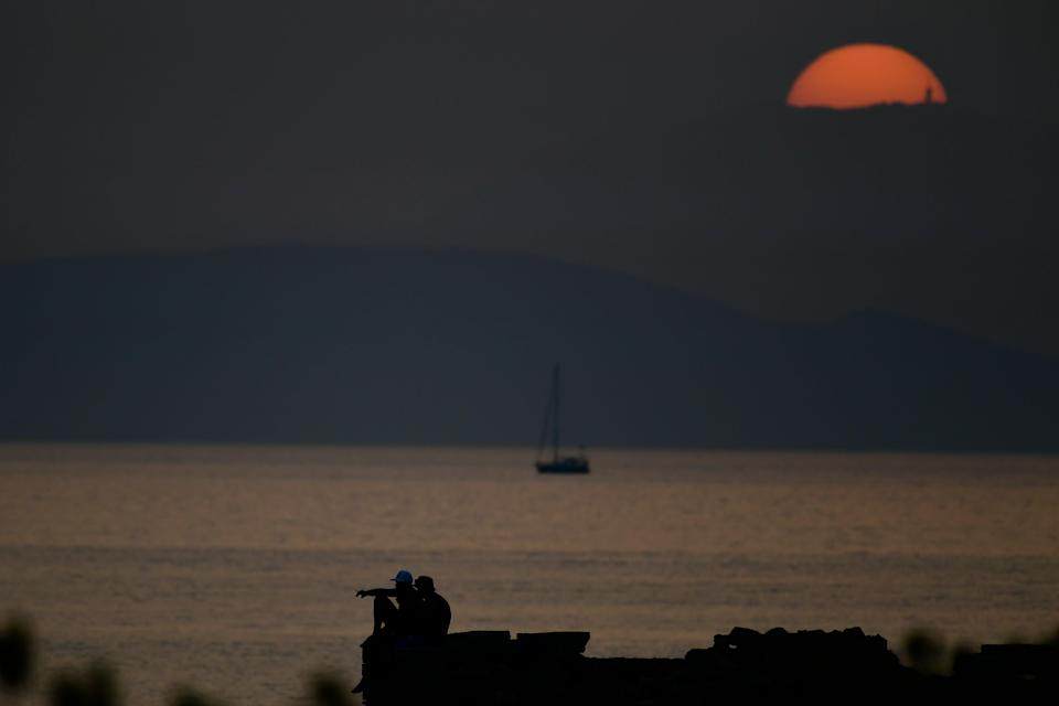 Greece Heatwave (Copyright 2021 The Associated Press. All rights reserved.)