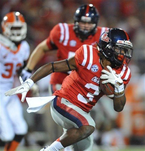 Mississippi running back Jeff Scott (3) runs against UTEP during an NCAA college football game at Vaught-Hemingway Stadium in Oxford, Miss., Saturday, Sept. 8, 2012. (AP Photo/Oxford Eagle, Bruce Newman) MAGAZINES OUT; NO SALES; MANDATORY CREDIT