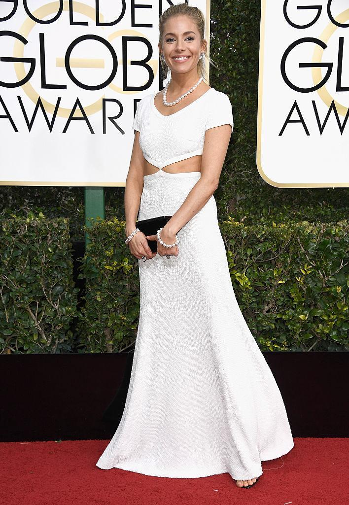 Sienna Miller in Michael Kors. (Photo: Getty Images)