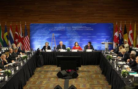 South Korean Minister of Foreign Affairs Kang Kyung-wha, U.S. Secretary of State Rex Tillerson, Canada's Minister of Foreign Affairs Chrystia Freeland and Japan's Minister of Foreign Affairs Taro Kono are seen during the Foreign Ministers' Meeting on Security and Stability on the Korean Peninsula in Vancouver, British Columbia, Canada January 16, 2018. REUTERS/Ben Nelms
