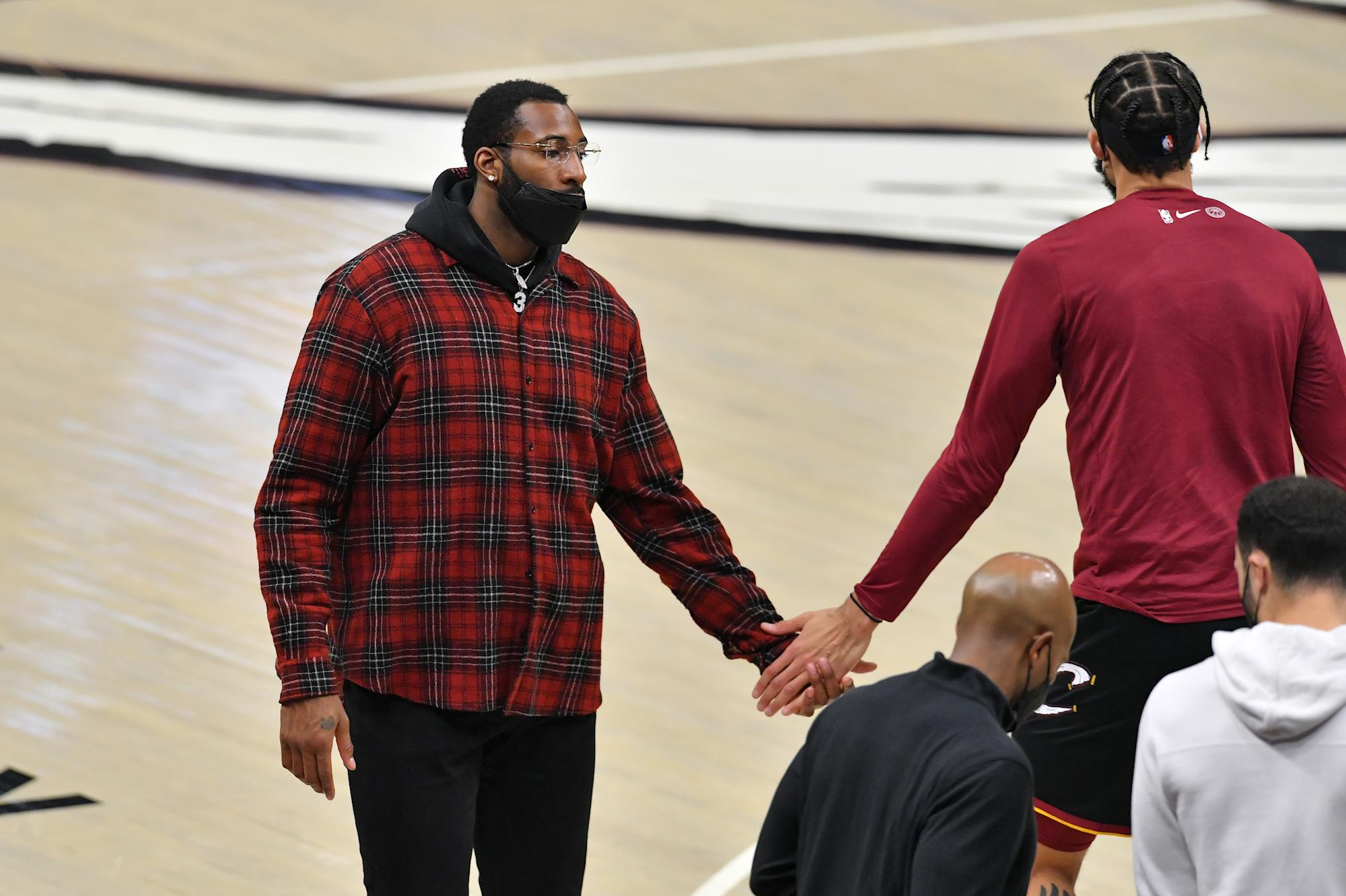 Sources: Andre Drummond will listen to pitches from multiple teams after Cavaliers buyout - Yahoo Entertainment