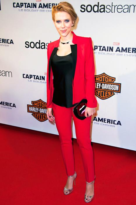 Scarlett Johansson Wows While Pregnant in Bright Red Pants Suit: Picture
