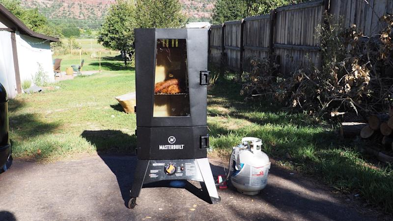 Best gifts for dad 2019: Masterbuilt Smoker