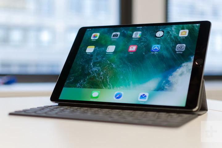 apple ipad pro 10 5 review screen on angle