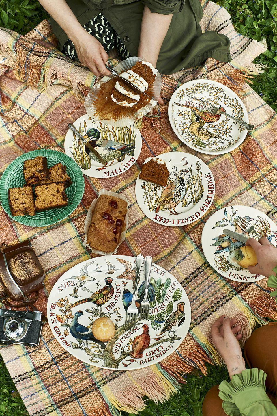 """<p>The autumn countryside is at the heart of the new range; expect Game Birds such as pheasants, ducks and partridges printed on plates, teapots, mugs, jugs and platters. We're certain this will make the perfect Christmas gift...</p><p><a class=""""link rapid-noclick-resp"""" href=""""https://go.redirectingat.com?id=127X1599956&url=https%3A%2F%2Fwww.emmabridgewater.co.uk%2Fcollections%2Fnew&sref=https%3A%2F%2Fwww.housebeautiful.com%2Fuk%2Flifestyle%2Fshopping%2Fg37527696%2Femma-bridgewater-autumn-range%2F"""" rel=""""nofollow noopener"""" target=""""_blank"""" data-ylk=""""slk:SHOP THE RANGE"""">SHOP THE RANGE</a></p>"""