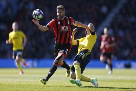 Britain Soccer Football - AFC Bournemouth v Middlesbrough - Premier League - Vitality Stadium - 22/4/17 Bournemouth's Simon Francis in action with Middlesbrough's Alvaro Negredo Action Images via Reuters / Matthew Childs