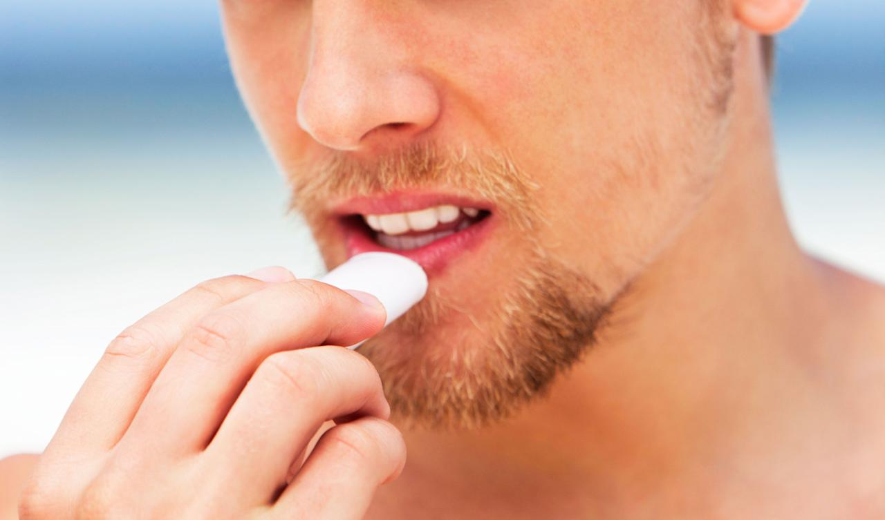 """<p>Even the most well-groomed men easily forget the importance of a moisturizing lip balm. If you're using a <a href=""""https://www.menshealth.com/grooming/g26074982/best-face-wash-for-acne-men/"""" target=""""_blank"""">facial cleanser</a>, <a href=""""https://www.menshealth.com/grooming/g18925137/best-skincare-products-for-men-facial-moisturizers/"""" target=""""_blank"""">moisturizer</a>, and other <a href=""""https://www.menshealth.com/grooming/a27574881/mens-health-grooming-awards-2019/"""" target=""""_blank"""">advanced grooming goods</a>, why not take care of the thin skin around your mouth? Chapstick might be on your radar during the dry, cold months of winter to combat chapped lips, but that doesn't mean you should can skip out on your lips during the warm weather season. </p><p>""""Lip balms are designed to form a seal over the skin to maintain barrier function, enhance hydration, and protect the lips from the environment,"""" says <a href=""""http://www.zeichnerdermatology.com/about"""" target=""""_blank"""">Joshua Zeichner</a>, M.D., director of cosmetic and clinical research in dermatology at Mount Sinai Hospital in New York City.</p><p>During summer, a lip balm with SPF is just as important as slathering on <a href=""""https://www.menshealth.com/health/a27547765/sunscreen-dangers-report-ewg-2019-oxybenzone/"""" target=""""_blank"""">sunscreen to protect against sunburn and harmful UV rays that can cause skin cancer</a>. So, even if you're not trying to impress a summer fling with a smooth pucker, it's worth scoring one of the best lip balms with ingredients like SPF, plumping hyaluronic acid, and antioxidant botanicals, while avoiding anything that can cause skin irritation such as salicylic acid, camphor, menthol, and fragrance. To sort through the endless offerings on the market, we turned to Dr. Zeichner to find the top chapstick and lip balm brands for men.</p>"""
