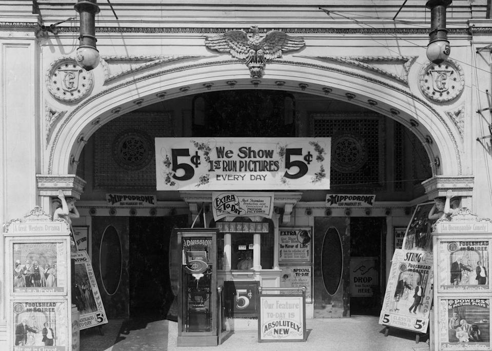 <p>The historic Hippodrome Theatre was one of the world's largest theaters, seating 5,300. In addition to circuses and vaudeville, the cinema also showed silent movies before its closure in 1939.</p>