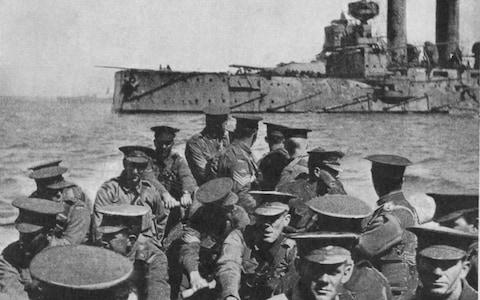 Australian infantrymen being landed at Gallipoli in 1915 - Credit: Time & Life Pictures/Getty Images
