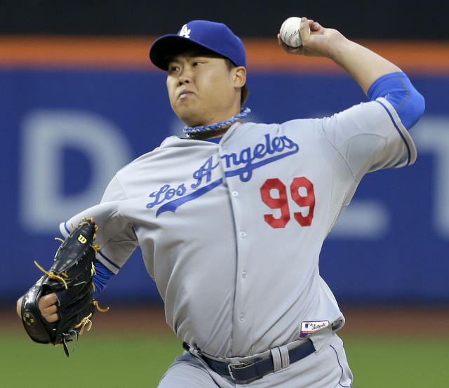 Los Angeles Dodgers pitcher Hyun-Jin Ryu delivers against the New York Mets during the first inning of a baseball game, Wednesday, May 21, 2014, in New York. (AP Photo/Julie Jacobson)
