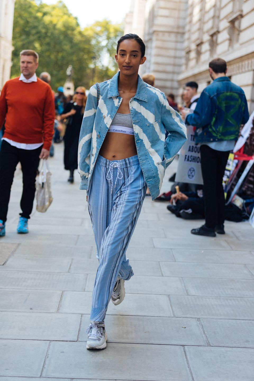 <p>While we've been leaning in to the more tailored aspects of great linen pants, there's always the beach-ready appeal of a far more casual pair. Make it even more sand-and-surf with something striped. </p>