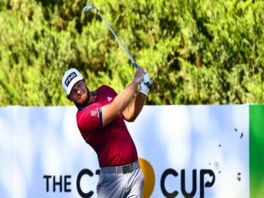 Tyrrell Hatton copes with jet lag to lead CJ Cup at Shadow Creek, Xander Schauffele a shot behind