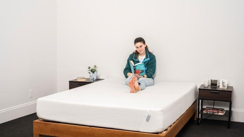 Tuft & Needle makes our favorite boxed mattress and you can get one for 15% off at the brand's Fall Refresh sale.