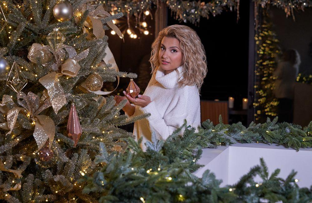 See How Tori Kelly Transformed Her Home