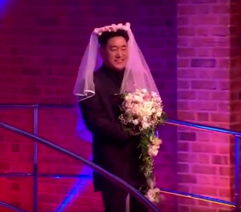 Fake Kim Jong Un about to fake-marry a fake Donald Trump on <em>The Last Leg</em>. (Photo: Channel 4)