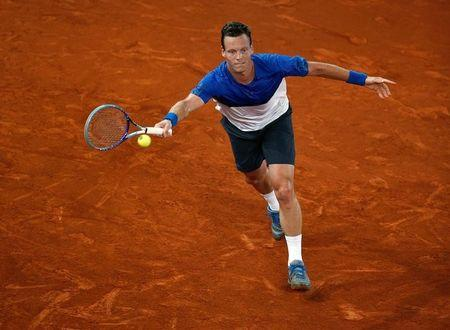 Tennis - Madrid Open - Andy Murray of Britain v Tomas Berdych of the Czech Republic - Madrid, Spain - 6/5/16 Berdych returns the ball. REUTERS/Andrea Comas