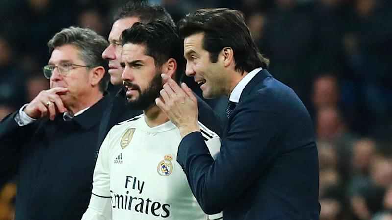 'Everything is debatable' - Solari says there are no automatic starters amid Isco questioning