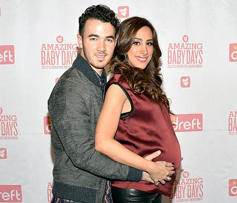 """Kevin Jonas, Pregnant Wife Danielle Talk """"Cute"""" Baby Name for Daughter"""