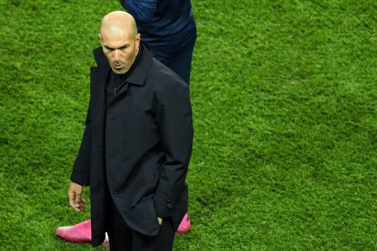 Zinedine Zidane won three straight Champions Leagues in his first spell as Real Madrid coach but this campaign got off to a terrible start in Paris (AFP Photo/CHRISTOPHE ARCHAMBAULT )