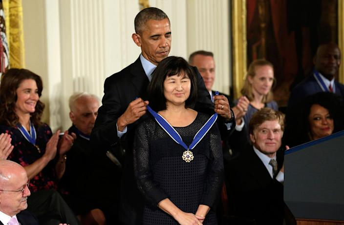<p>President Obama awards artist and designer Maya Lin the Presidential Medal of Freedom during a ceremony in the East Room of the White House, Nov. 22, 2016. (Yuri Gripas/Reuters) </p>