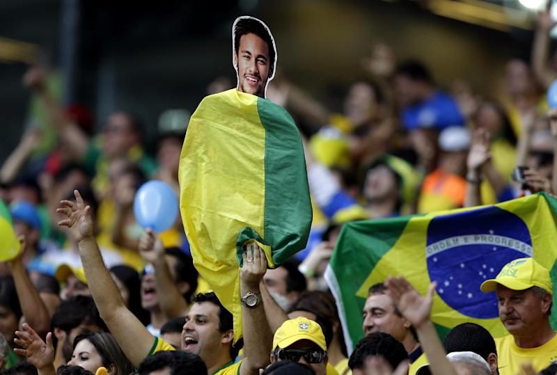 Neymar unscathed by Brazil's huge World Cup defeat