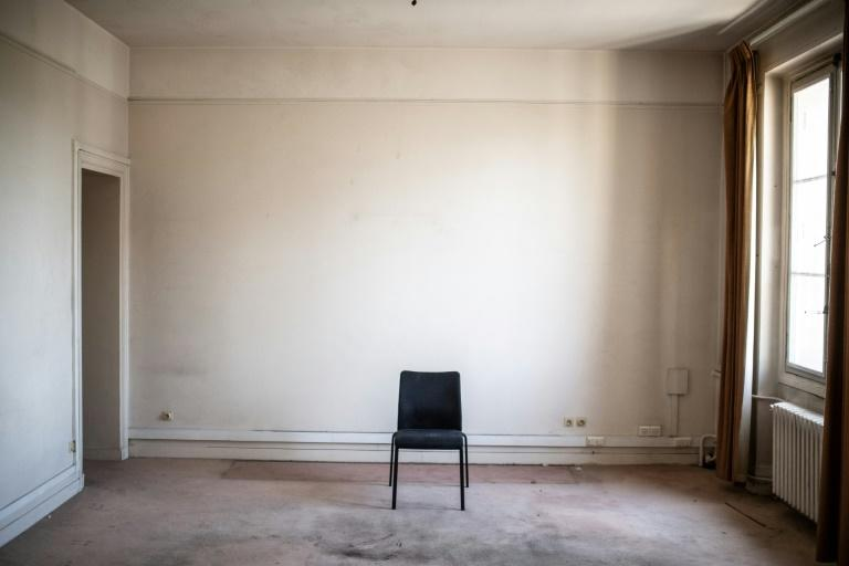 The abandoned rooms of the old Paris police headquarters still look ready for the next suspect (AFP Photo/Martin BUREAU)