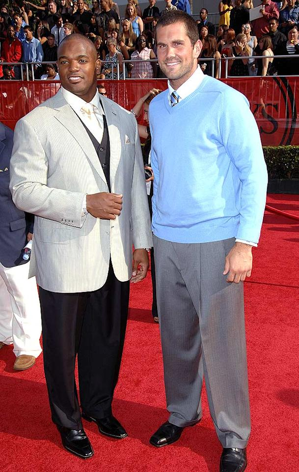 "NFL stars Dwight Freeney (defensive end for the Indianapolis Colts) and Matt Leinart (quarterback for the Arizona Cardinals) caught up on the red carpet. Stephen Shugerman/<a href=""http://www.gettyimages.com/"" target=""new"">GettyImages.com</a> - July 16, 2008"