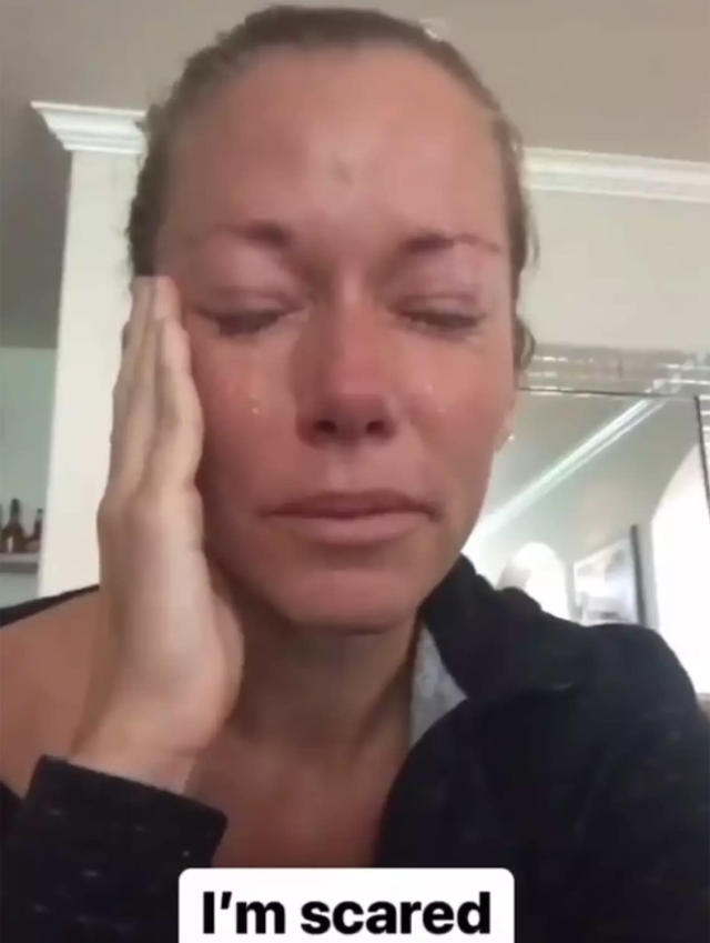 Kendra breaks down on Instagram. (Photo: Kendra Wilkinson via Instagram)