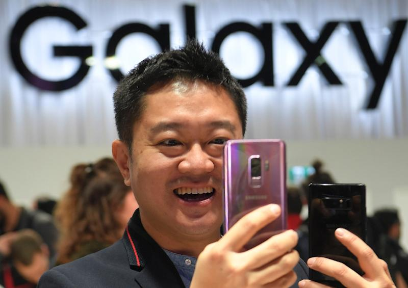 The new Samsung Galaxy S9 smartphone was launched at the Mobile World Congress in Barcelona (AFP Photo/LLUIS GENE)