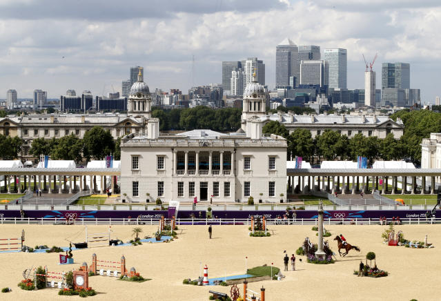 Mexico's Alberto Michan rides Rosalia La Silla during the equestrian individual jumping third qualifier in Greenwich Park at the London 2012 Olympic Games August 6, 2012. REUTERS/Mike Hutchings (BRITAIN - Tags: SPORT EQUESTRIANISM OLYMPICS)
