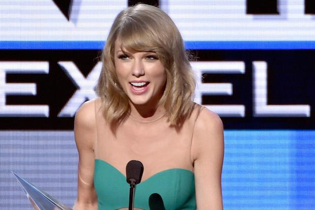 AMAs Winners: The Complete List