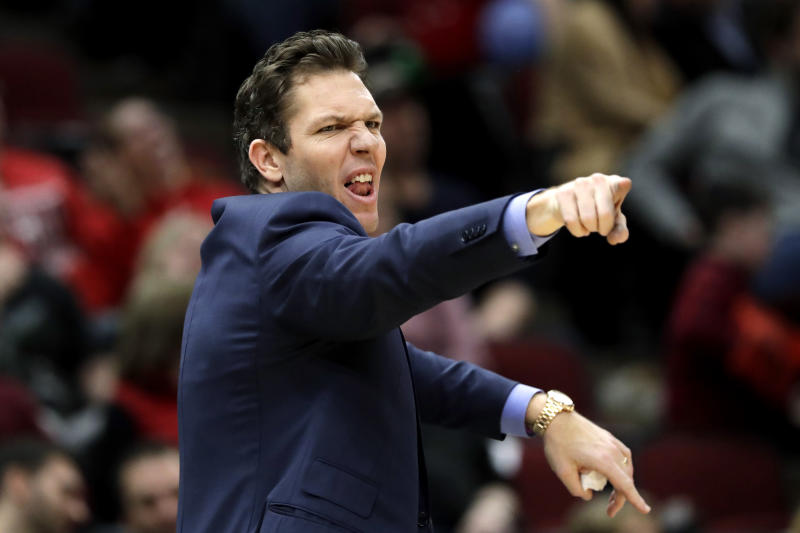 Sacramento Kings head coach Luke Walton yells instructions to players during the second half of an NBA basketball game against the Chicago Bulls in Chicago, Friday, Jan. 24, 2020. (AP Photo/Nam Y. Huh)