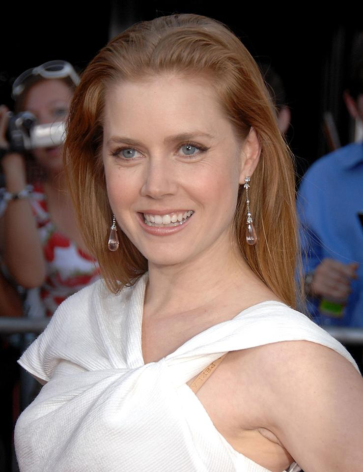 "<a href=""http://movies.yahoo.com/movie/contributor/1800018895"">Amy Adams</a> at the Los Angeles premiere of <a href=""http://movies.yahoo.com/movie/1810006886/info"">Julie & Julia</a> - 07/27/2009"