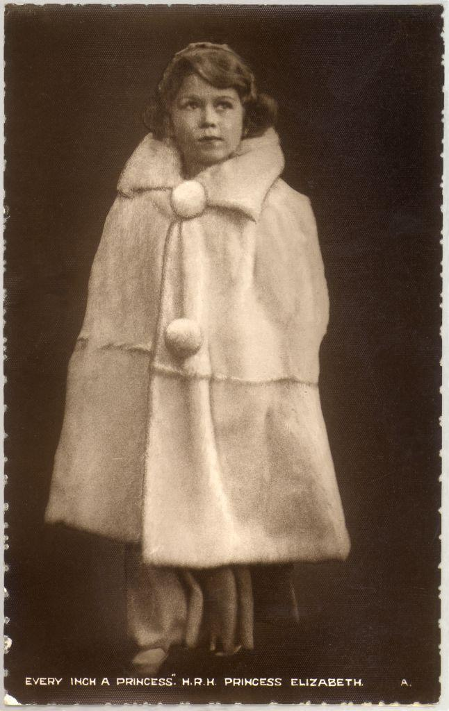 <p>Like Princess Charlotte so many years later, the Queen started working on her coat game early.<br></p>