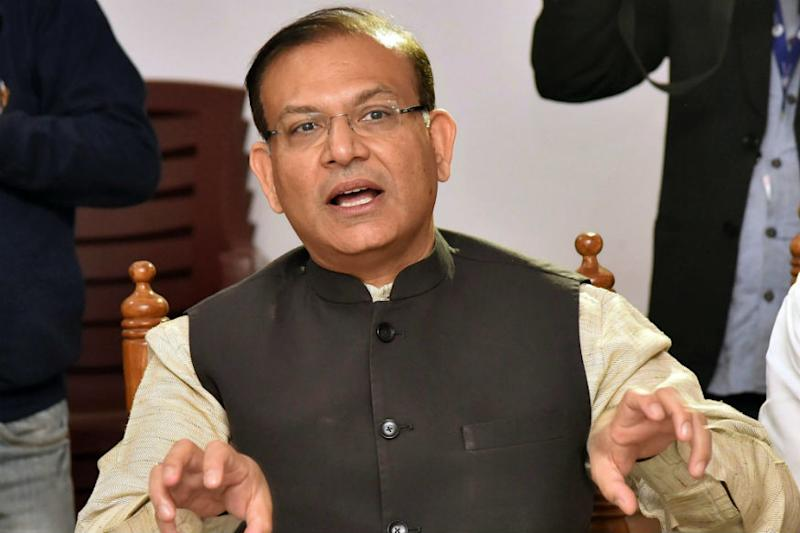 I Express Regret, Says Jayant Sinha a Week After Garlanding Jharkhand Lynching Convicts