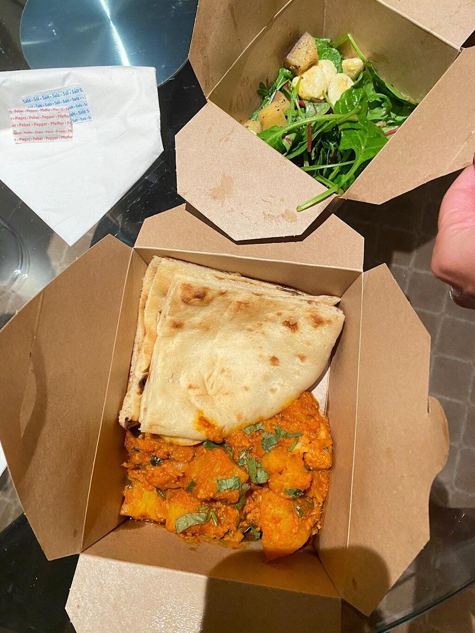 Aloo gobi with buttered naan from the Radisson (Photo: Trip Advisor)